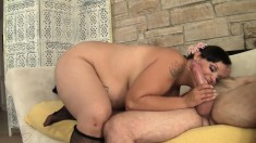 Curvy cougar Savvanah gets her needy peach eaten out and drilled good