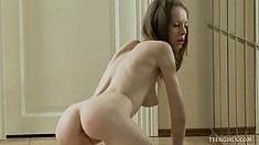 Bonnie is a sweet webcam freak and loves to tease her audience