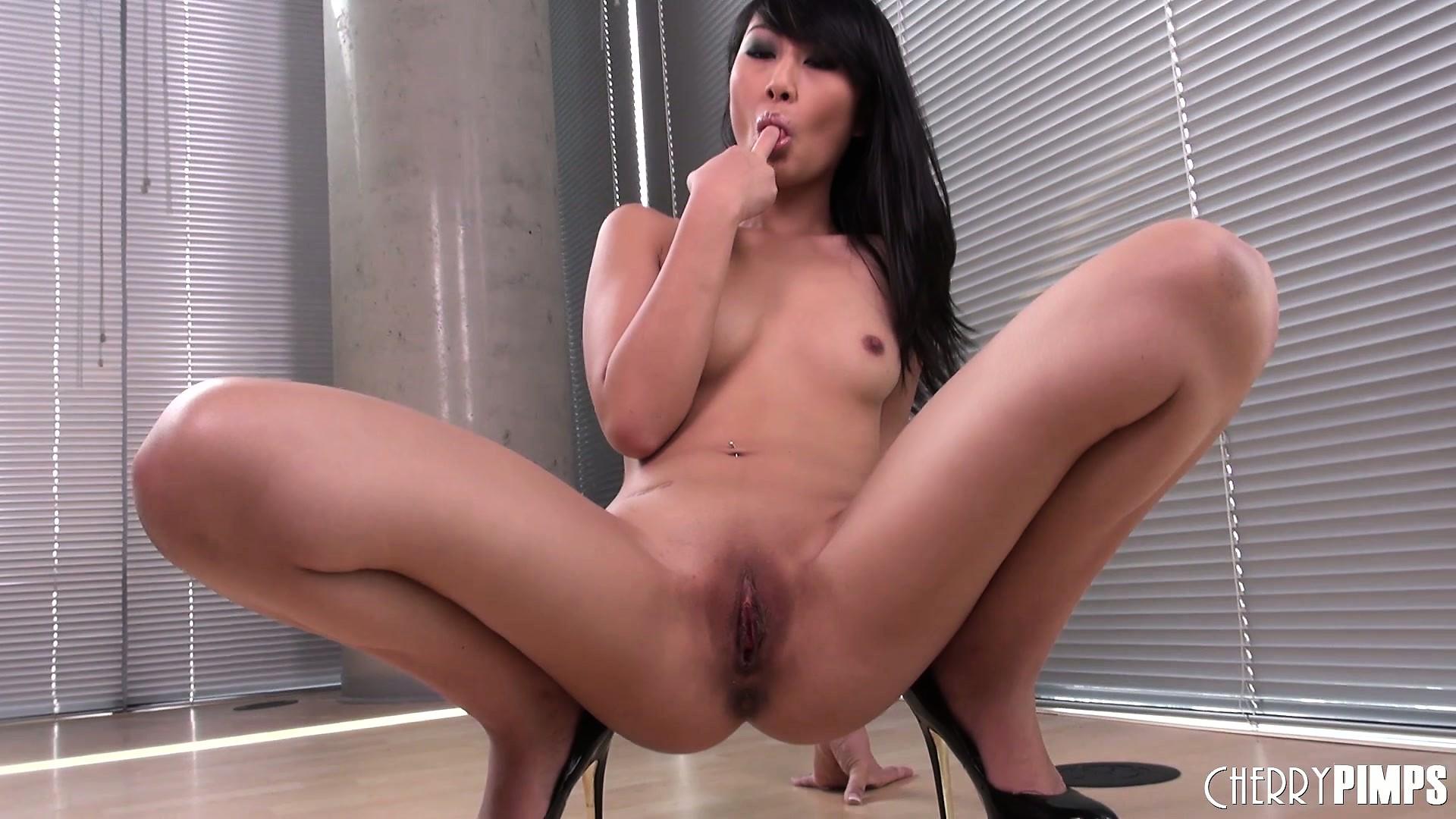 Asian cutie Pornos Interrassische freie Porno-Filme