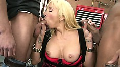 Amiable concubine doesn't afraid to be fucked by several men